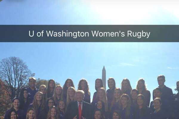 This is the University of Washington's women's rowing team, not the women's rugby team.