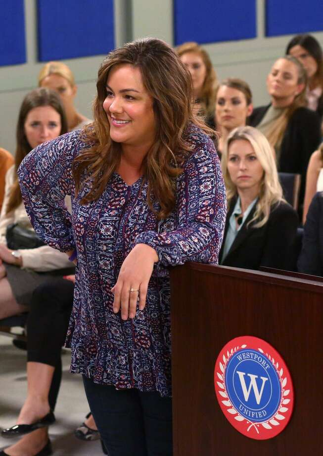 "Actress Katy Mixon as Westport housewife Katie Otto in the ""Boar-Dain""  episode of ""American Housewife.""  The prime-time sitcom has upset many in Norwalk with the disparaging jokes aimed at the city. Photo: Michael Ansell / ABC Via Getty Images / 2017 American Broadcasting Companies, Inc."