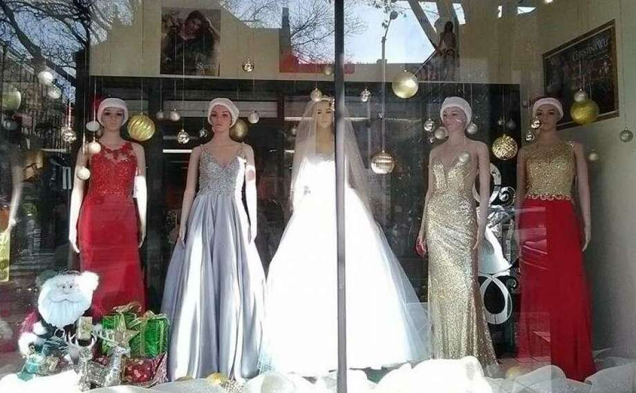 A prize winning display from the 2016 CityCenter Downtown Danbury Holiday Decorating Contest Photo: / Submitted Photo