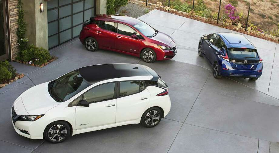 The 2018 Nissan Leaf has a significantly longer range, from 80 to 150 miles, than the 2017 model. The car also features a redesigned exterior. Photo: Nissan / Nissan / © 2017 Nissan