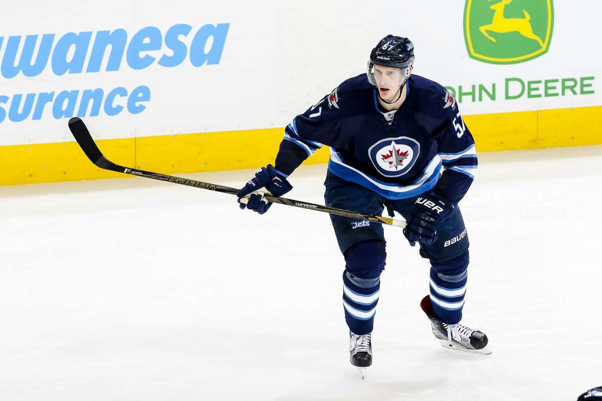 3. Players with Houston connections Winnipeg Jets defenseman Tyler Myers is currently the only player in the NHL who hails from Houston. However, this could soon change as Scottsdale, Ariz. native Auston Matthews' No. 1 overall selection in the 2016 Draft is an indication of a growing trend of NHL players developing in the South. Although Myers is the only player so far to come from Houston, he is not the only player to have a connection to the city. Joel Ward paid his minor league dues for most of three seasons before breaking in with the Nashville Predators and beginning what is so far a decade-long career in the NHL. The 2017 Norris Trophy winner for the NHL's best defenseman transformed his game while in Houston. Brent Burns was a forward when he arrived in the Bayou City. During the 2004-05 lockout, Burns honed his craft in Houston before his star turn in the NHL. And of course Mr. Hockey himself, Gordie Howe, played with his sons Mark and Marty during his Aeros tenure from 1973-77.