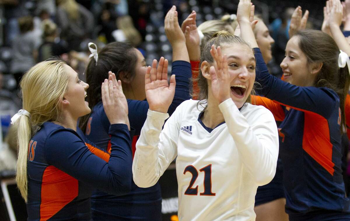 Katy Seven Lakes defensive specialist Natalie Winter (21) reacts after defeating Northside O'Connor 3-1 during a Class 6A semifinal volleyball match at the UIL state tournament, Friday, Nov. 17, 2017, in Garland.