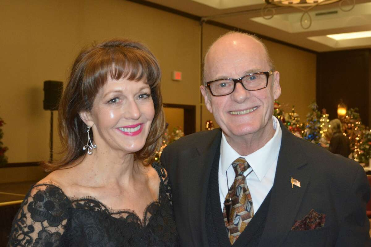 The annual Festival of Trees holiday event was held at the Crowne Plaza in Danbury on November 17 -19, 2017. The Festival of Trees benefits Ann's Place, a non-profit community organization offering support to those affected by cancer. Guests enjoyed vintage cocktails, dinner and dancing. Were you SEEN on opening night?