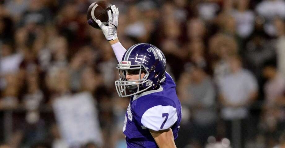 John Paul Richardson (7) of Ridge Point celebrates a first down reception in the second quarter of a 6A-III bi-district playoff football game between the Cinco Ranch Cougars and the Ridge Point Panthers on November 17, 2017 at Hall Stadium, Missouri City, TX. Photo: Craig Moseley/Houston Chronicle