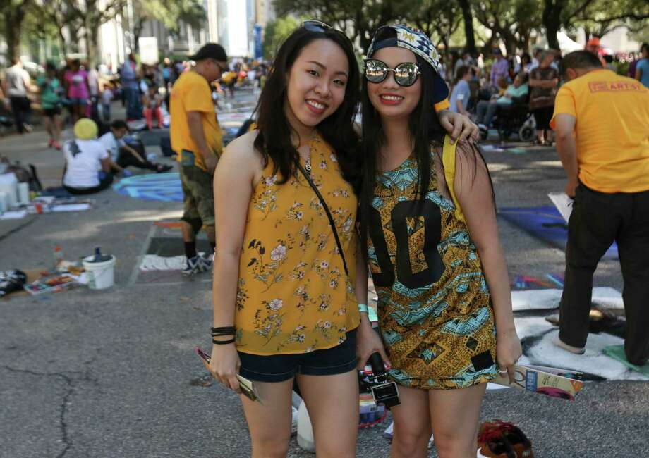 People pose for a photo at the 12th Annual Via Colori at Hermann Square at City Hall on Saturday, Nov. 18, 2017, in Houston. Photo: Yi-Chin Lee, Houston Chronicle / © 2017  Houston Chronicle