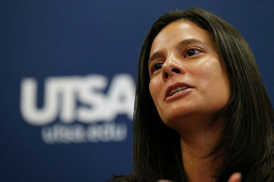 UTSA's Athletics Director Lisa Campos Photo: Staff File Photo / © 2017 San Antonio Express-News