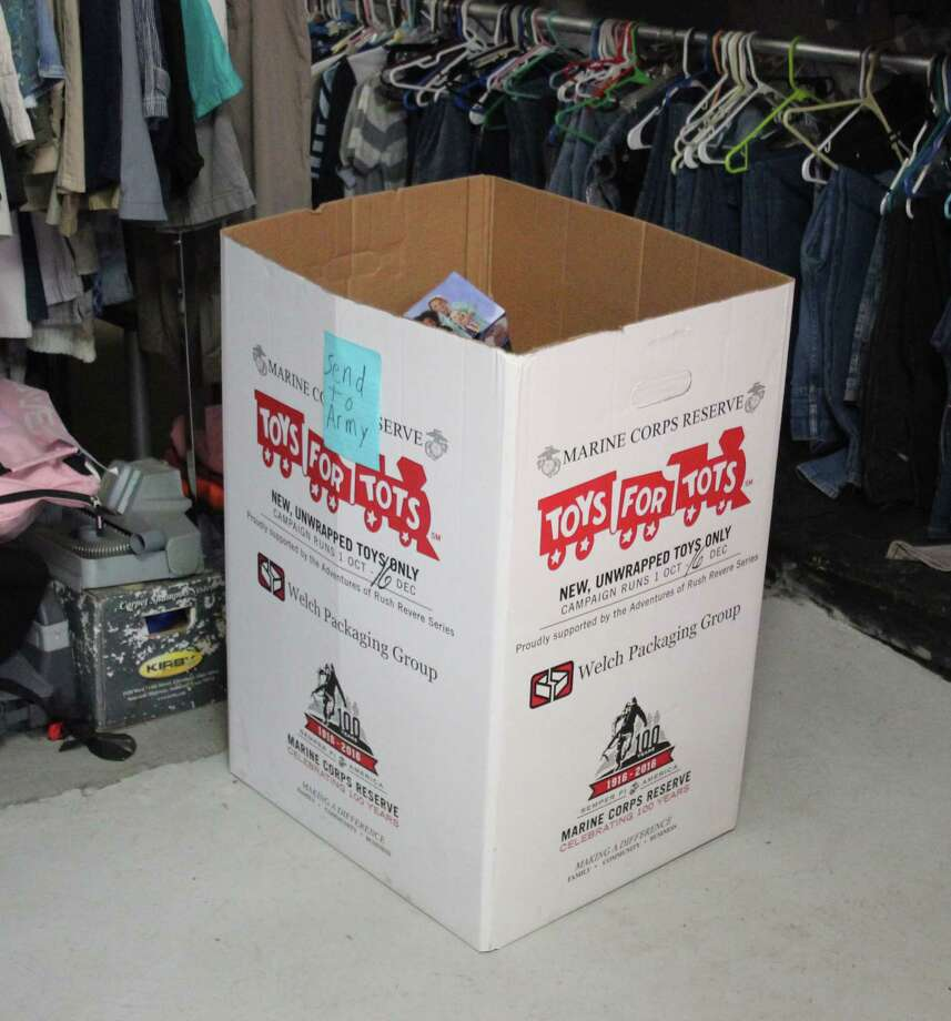Toys For Tots Merchandise : Toys for tots set to bring christmas joy houston chronicle