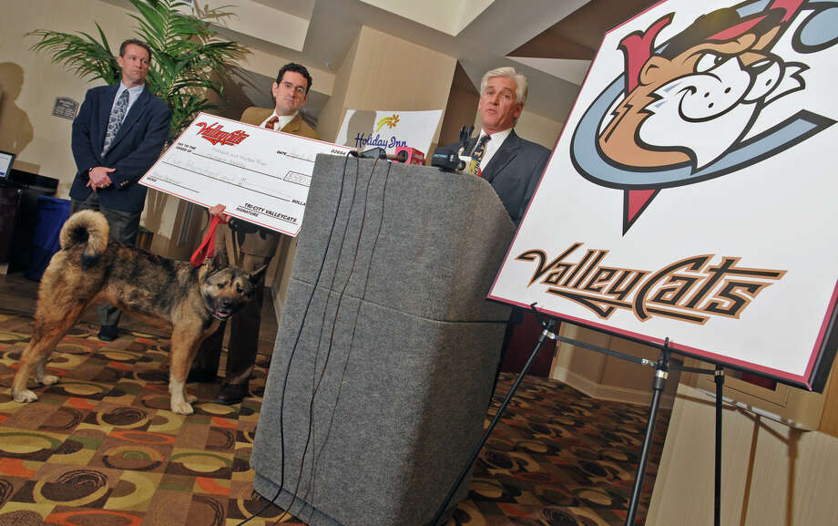 From left, Rick Murphy, General Manager of the Tri-City ValleyCats, Brad Shear, Executive Director of the Mohawk& Hudson River Humane Society, and Steve Caporizzo, Meteorologist for Channel 10, during a press conference at the Holiday Inn Express in Albany, NY on April 6, 2009. A check for $500 was donated to the Mohawk& Hudson River Humane Society by the ValleyCats. It was Steve Caporizzo's charity of choice. Bobbleheads will be made of Caporizzo and passed out at a ValleyCats game.  (Lori Van Buren / Times Union) Photo: LORI VAN BUREN/TIMES UNION/TIMES UNION