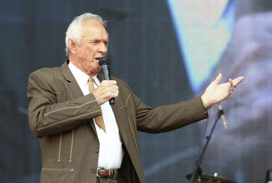 Country Music Hall of Famer Mel Tillis dies at 85