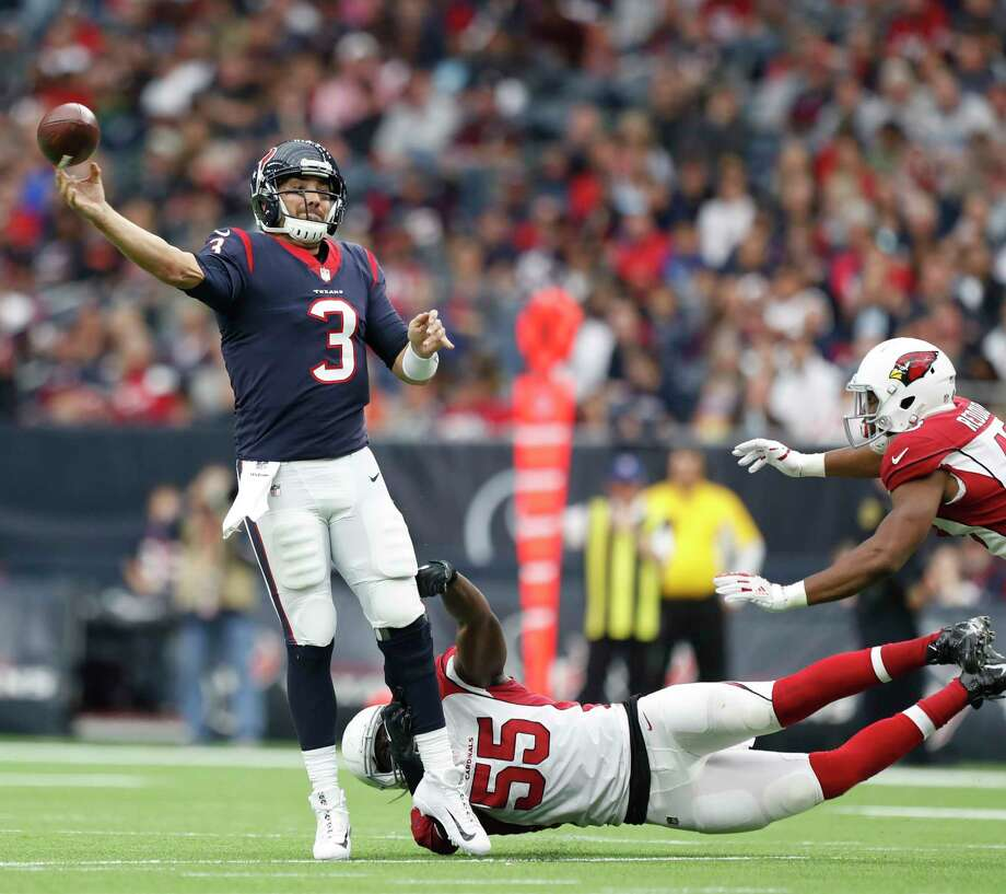 If the Texans can draw up more plays for Tom Savage to pass from outside the pocket, they may get a bump in production. Savage has the NFL's sixth best passer rating from outside the pocket. Photo: \052011000683\, Houston Chronicle / © 2017 Houston Chronicle