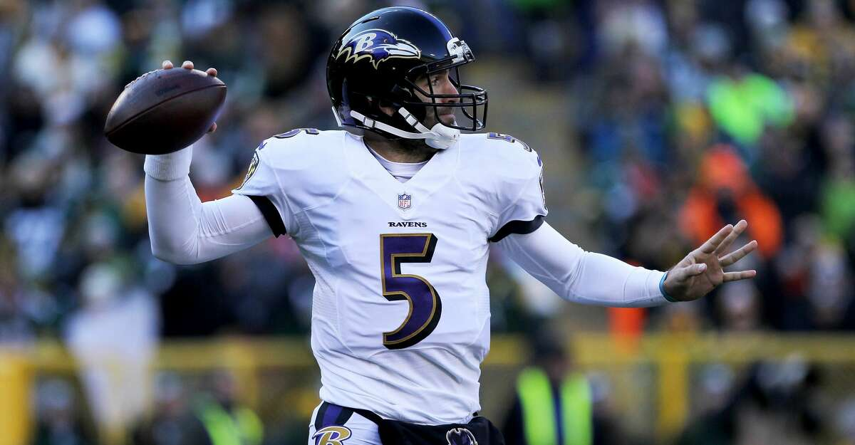 GREEN BAY, WI - NOVEMBER 19: Joe Flacco #5 of the Baltimore Ravens drops back to pass in the first quarter against the Green Bay Packers at Lambeau Field on November 19, 2017 in Green Bay, Wisconsin. (Photo by Dylan Buell/Getty Images)