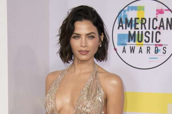 THE 2017 AMERICAN MUSIC AWARDS(r) - The 2017 American Music Awards, the worlds biggest fan-voted award show, broadcasts live from the Microsoft Theater in Los Angeles on SUNDAY, NOVEMBER 19 (8:0011:00 p.m. EST), on ABC. (Image Group LA via Getty Images) JENNA DEWAN-TATUM