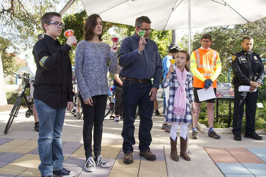 Bells rung for each road traffic victim in San Antonio, Sunday, Nov. 19, 2017 at Hemisphere Park at a memorial service and bike ride presented by Vision Zero as part of World Day of Remembrance. Photo: Alma E. Hernandez, For The San Antonio Express News / Alma E. Hernandez / For The San Antonio Express News