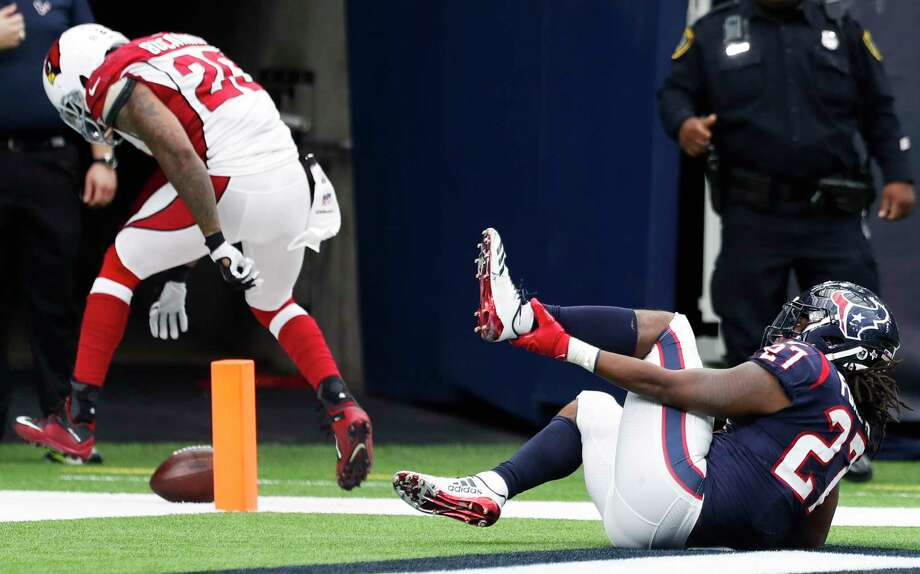 Texans running back D'Onta Foreman raced to a 34-yard touchdown in the fourth quarter, rupturing his Achilles tendon in the process. Photo: Brett Coomer, Staff / © 2017 Houston Chronicle