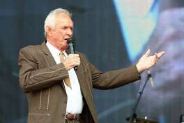 FILE - In this July 6, 2013, file photo, Mel Tillis performs at the Oklahoma Twister Relief Concert at the Gaylord Family-Oklahoma Memorial Stadium in Norman, Okla. Tillis, the longtime country star who wrote hits for Kenny Rogers, Ricky Skaggs and many others, and overcame a stutter to sing on dozens of his own singles, has died. A spokesman for Tillis, Don Murry Grubbs, said Tillis died early Sunday, Nov. 19, 2017, at Munroe Regional Medical Center in Ocala, Fla. He was 85. (Photo by Alonzo Adams/Invision/AP, File) ORG XMIT: NYAG702