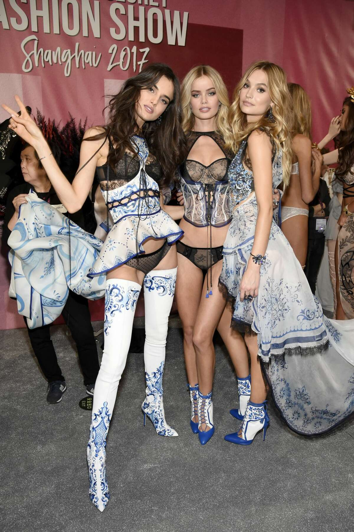 SHANGHAI, CHINA - NOVEMBER 20: Blanca Padilla, Frida Aasen and Roosmarijn de Kok pose backstage during 2017 Victoria's Secret Fashion Show In Shanghai at Mercedes-Benz Arena on November 20, 2017 in Shanghai, China. (Photo by Kevin Mazur/Getty Images for Victoria's Secret)