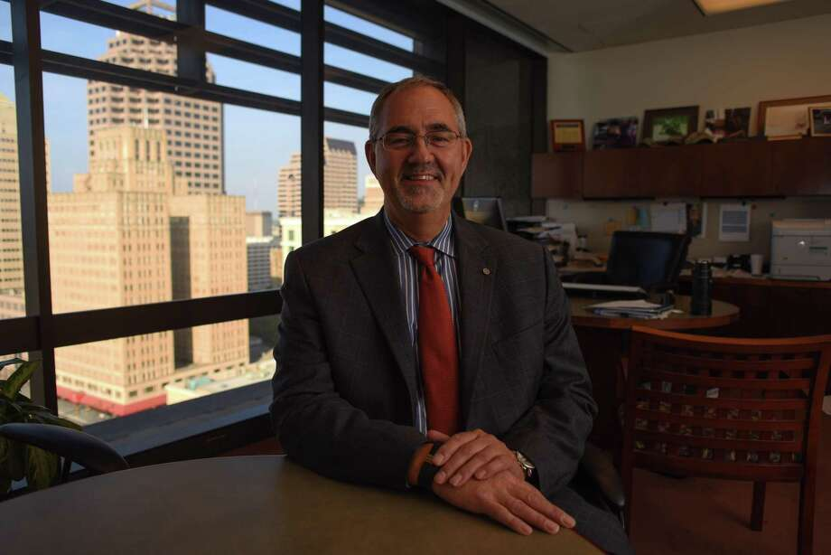 Tom Stringfellow is president of Frost Investment Advisors. Nov. 7, 2017 Photo: Billy Calzada /San Antonio Express-News / SAN ANTONIO EXPRESS-NEWS