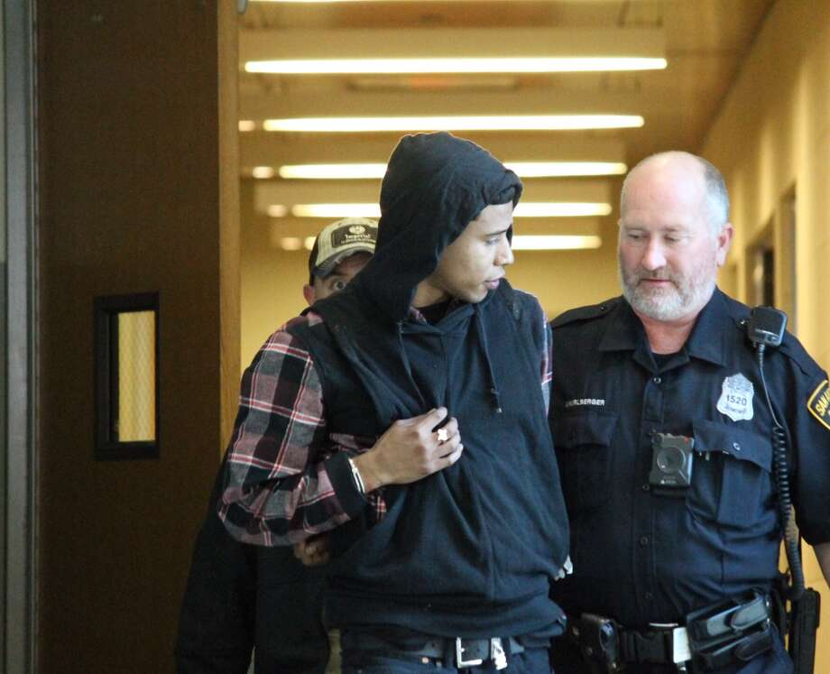 San Antonio police arrested two men accused of trafficking underaged girls Monday, Nov. 20, 2017. Jarvis Anderson is pictured here. Photo: Fares Sabawi / San Antonio Express-News