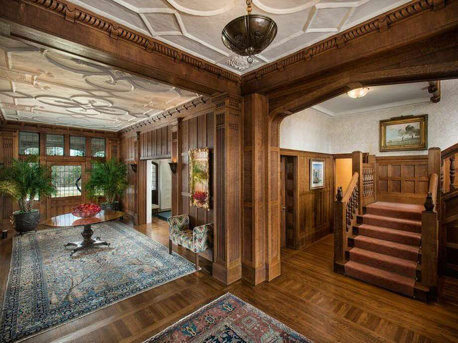 Sabine Farm, the Greenwich estate owned by billionaire trader Stanley Druckenmiller, has sold for $25 million, making it the most expensive home to sell in Greenwich in 2017. Photo: Realtor.com