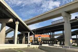 Traffic moves northbound on Interstate 69 near Loop 610 on Nov. 20, 2017, in Houston. Reconstruction of the Loop 610 interchange with I-69 near Uptown will start in early 2018, according to the Texas Department of Transportation.