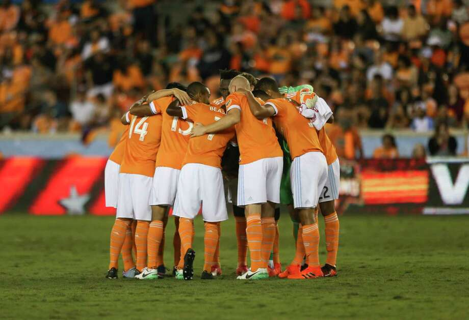 Houston Dynamo huddle before taking on Sporting Kansas City for the first-round playoff MLS match at BBVA Compass Stadium Thursday, Oct. 26, 2017, in Houston. ( Yi-Chin Lee / Houston Chronicle ) Photo: Yi-Chin Lee, Houston Chronicle / © 2017  Houston Chronicle