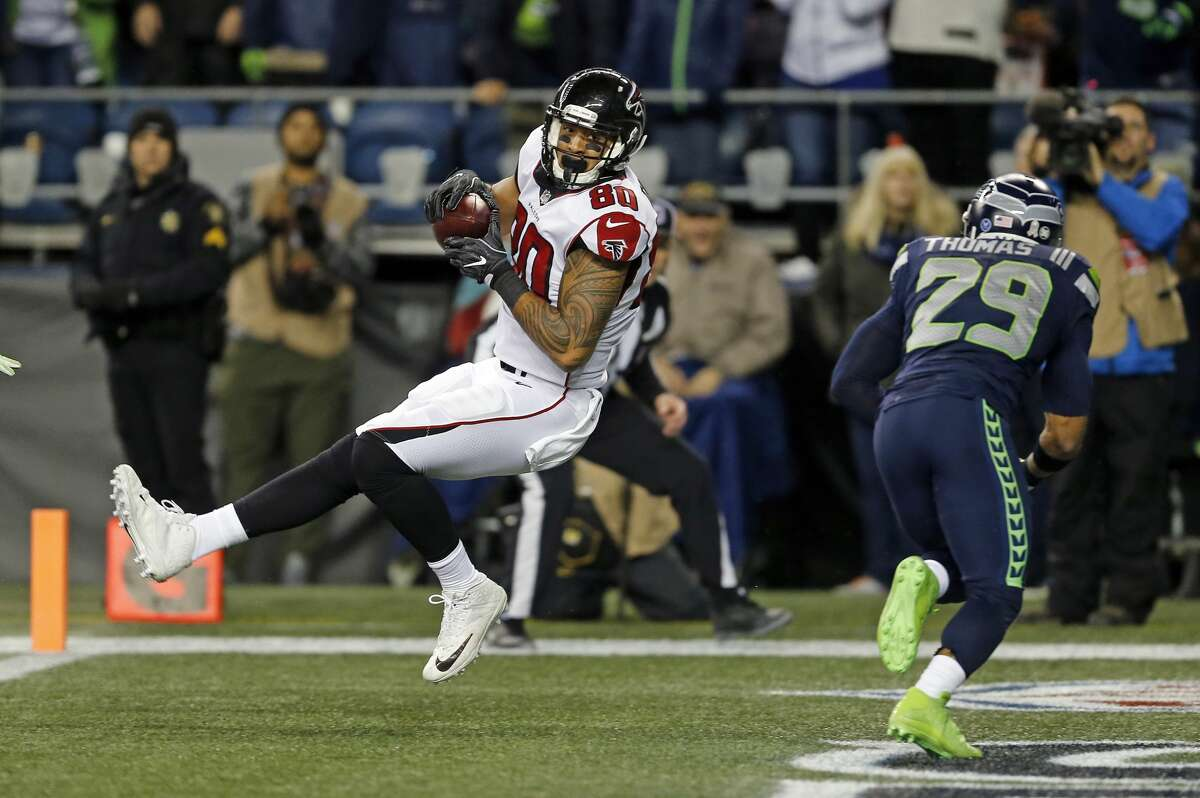 LEVINE TOILOLOAge: 26   Former team: ATL   2017 stats: 12 recs, 122 yards, 1 TD The No. 2 tight end option in Atlanta, Toilolo was released the Falcons to clear $3.5 million in cap space. While Toilolo almost certainly wouldn't replace Graham's production, he could serve as a low-cost, veteran option. Seattle is well aware of his potential -- he's five catches for 100 yards and two scores in three games against the Seahawks.