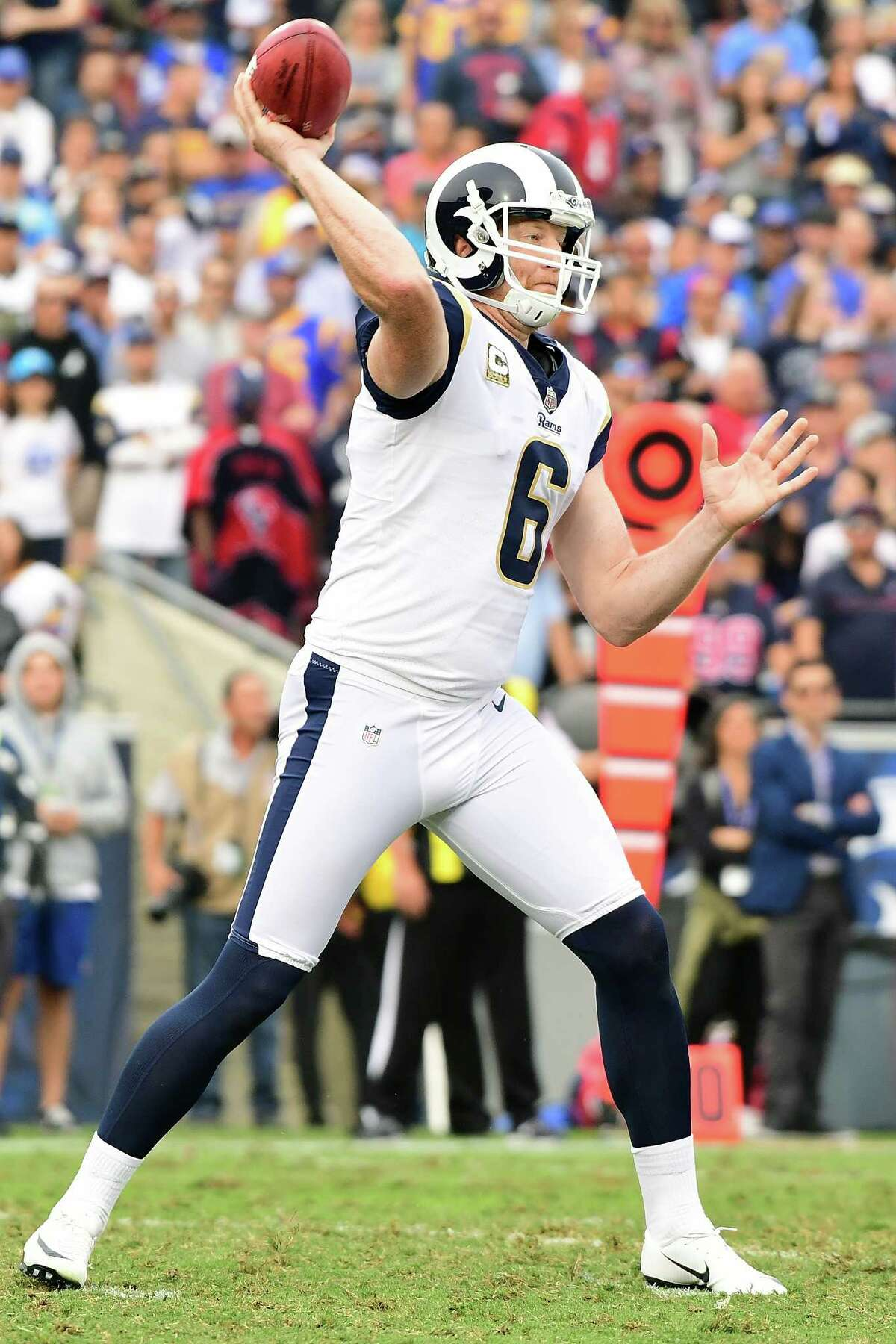 LOS ANGELES, CA - NOVEMBER 12: Johnny Hekker #6 of the Los Angeles Rams throws a pass on the fourth down during the game against the Houston Texans at the Los Angeles Memorial Coliseum on November 12, 2017 in Los Angeles, California. (Photo by Harry How/Getty Images) ORG XMIT: 700070738