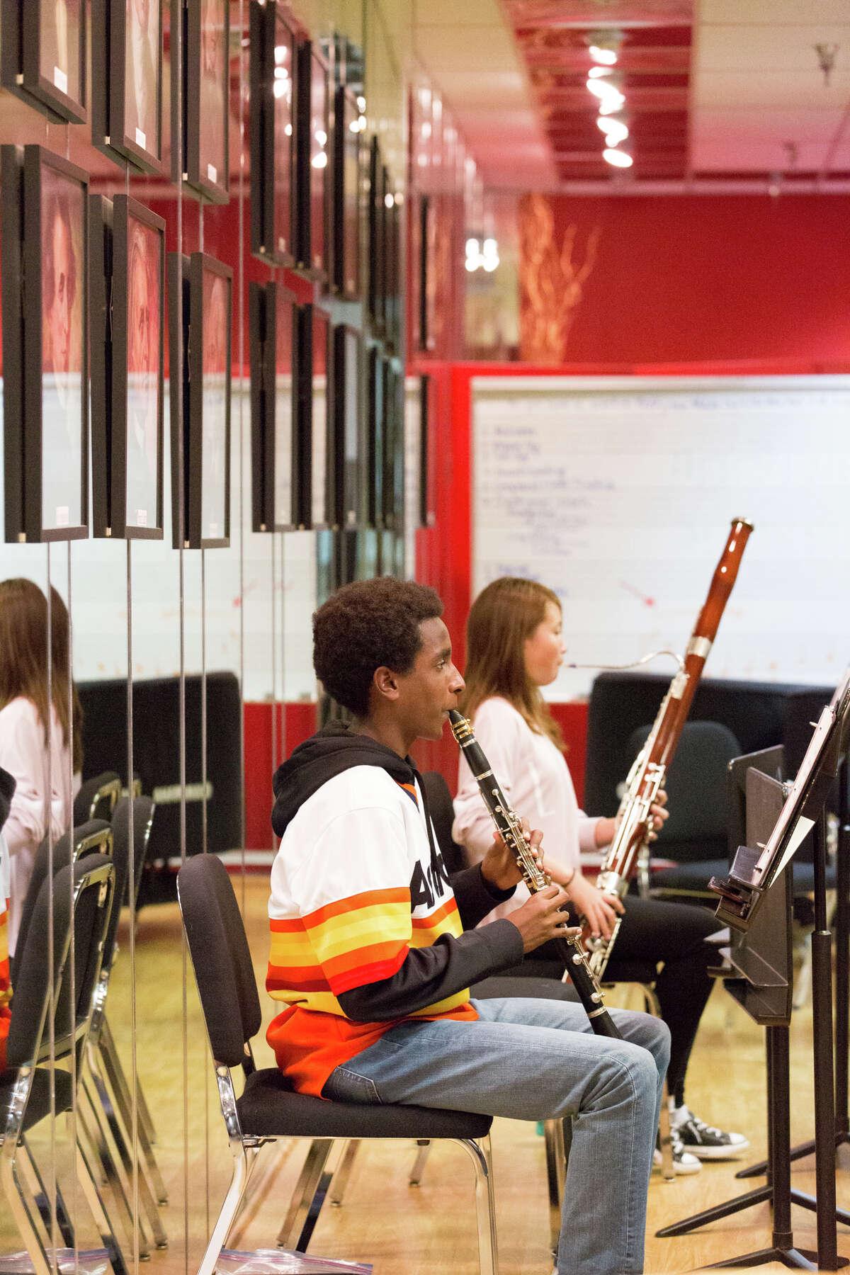 Virtuosi students rehearsing.
