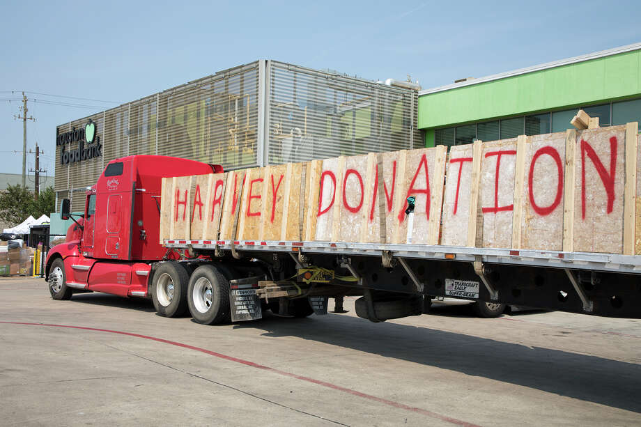 Community support and a willingness to help others are key elements that drive the success of the Houston Food Bank. Photo: Houston Food Bank