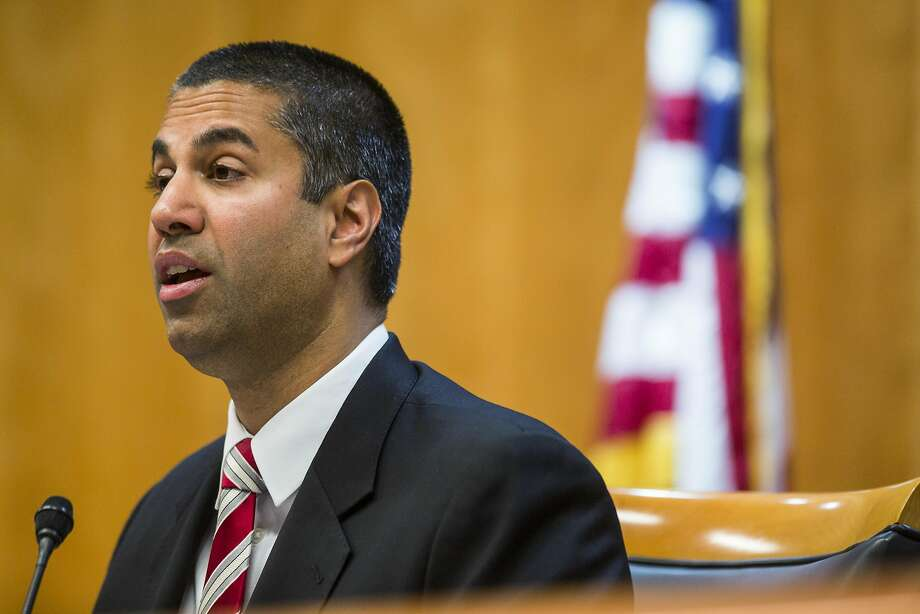 FCC moves closer to ending net neutrality rules