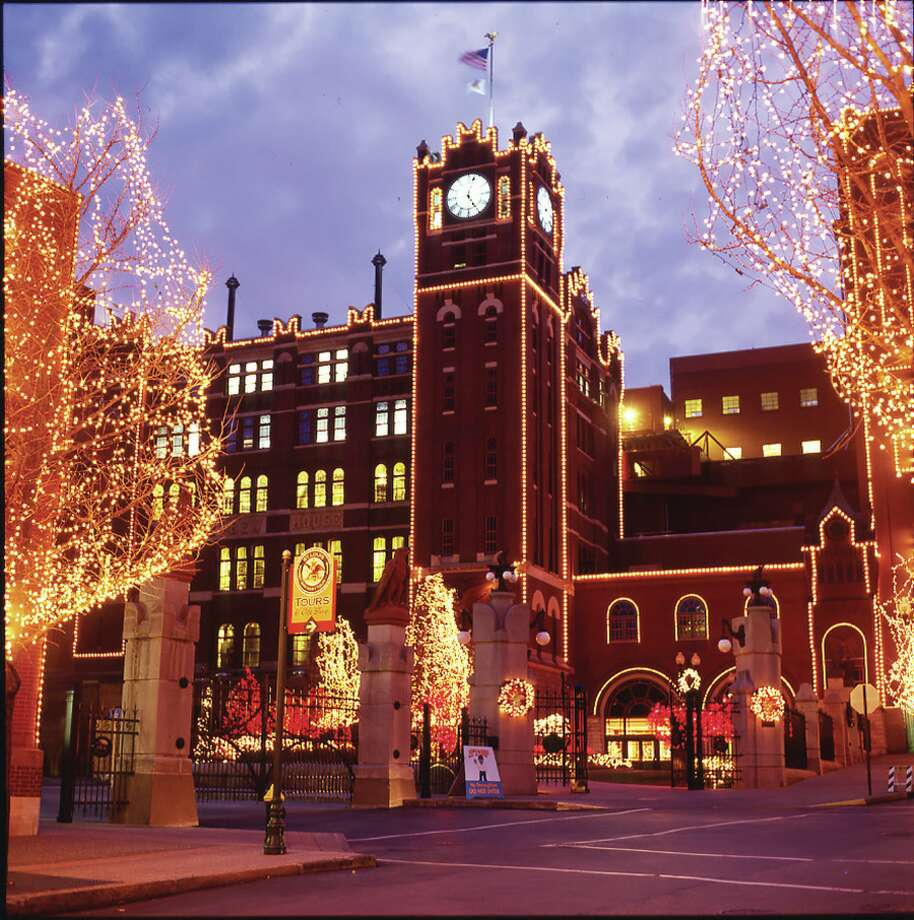 The Anheuser Busch Brewery In St. Louis Will Conduct Its 32nd Annual  Brewery Lights