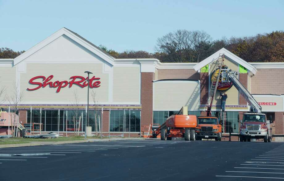 A view of the ShopRite store under construction at Van Rensselaer Square in North Greenbush. Keep clicking for more stores that have opened or closed recently in the Capital Region. Photo: PAUL BUCKOWSKI, Albany Times Union / 20042204A