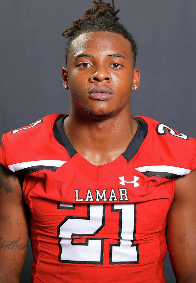 Lamar defensive back Nate Jones (Photo provided by Lamar athletics) / DotsOfLight.info & Jeff Kellum