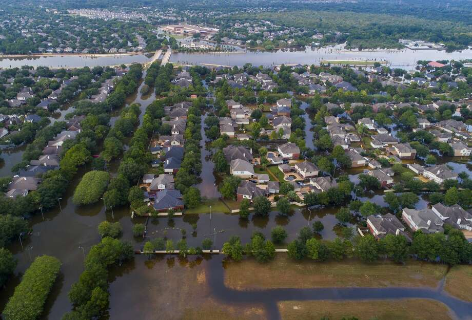 Barker Reservoir engulfed parts of Cinco Ranch after Hurricane Harvey, a scenario that had long worried engineers, planners and the U.S. Army Corps of Engineers. Photo: Mark Mulligan/Houston Chronicle