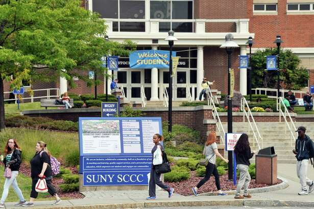 Classes for the Fall semester begin at SUNY Schenectady County Community College Tuesday Sept. 5, 2017 in Schenectady, NY.  (John Carl D'Annibale / Times Union)