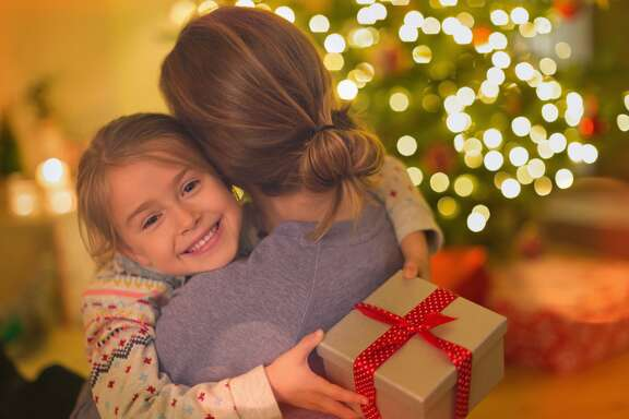 Girl Scouts of America is reminding parents that your daughters don't owe hugs to anyone. Not even during the holidays.