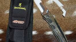 Browning's Speed Load Ceramic knife, the latest cutting and field dressing tool for hunters.