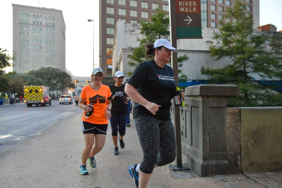 Since learning she has diabetes, Murphy has lost almost 100 pounds, joined a gym and signs up for a 5K walk/run each month. Photo: Robin Jerstad /San Antonio Express News