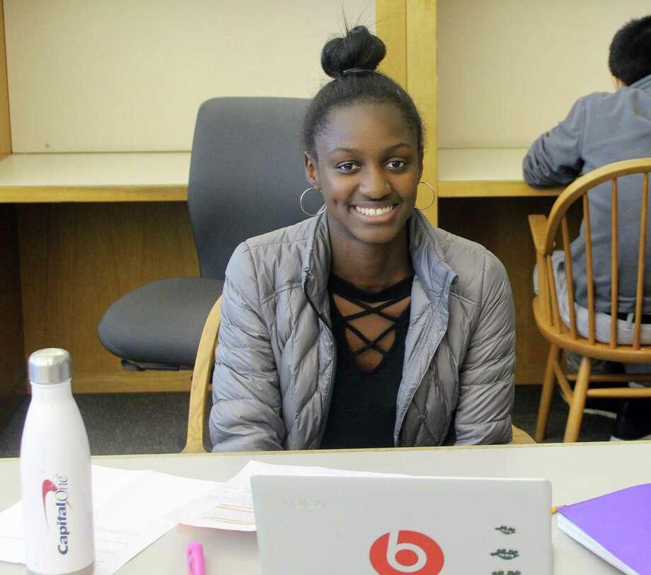 Staples High School 10th-grader Natasha Johnson works at the Westport Library Nov.17. Photo: Sophie Vaughan /Hearst Connecticut Media /