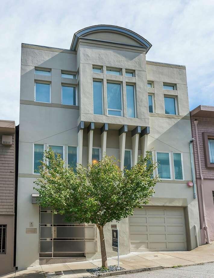 625 Grand Ave. in Noe Valley is a four-bedroom available for $3.595 million. Photo: Olga Soboleva / Vanguard Properties