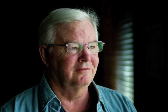 """Just weeks after announcing that he would seek an 18th term in Congress, Rep. Joe Barton, R-Ennis, apologized after a photo showing him naked was circulated online. """"I am sorry that I let my constituents down,"""" he said in a statement Wednesday."""