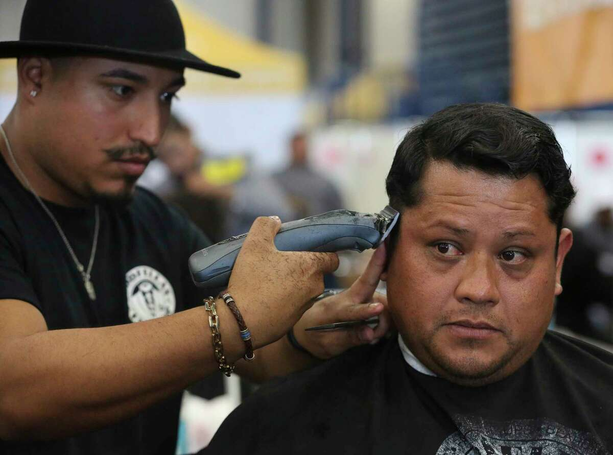 Check out the best-ranked barbershops in the Houston area, according to Yelp. ( Yi-Chin Lee / Houston Chronicle )