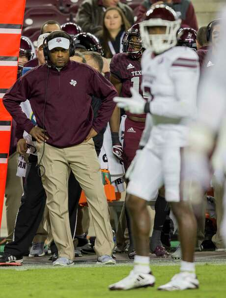 Texas A&M coach Kevin Sumlin, who will be fired after Saturday's game at LSU, retains plenty of support among his players and former players. Photo: Sam Craft, FRE / AP