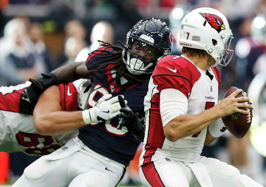 Hard-rushing outside linebacker Jadeveon Clowney (90) could use a little help if the Texans' defense hopes to continue pressuring QBs like it did Blaine Gabbert last game. Photo: Brett Coomer, Staff / © 2017 Houston Chronicle