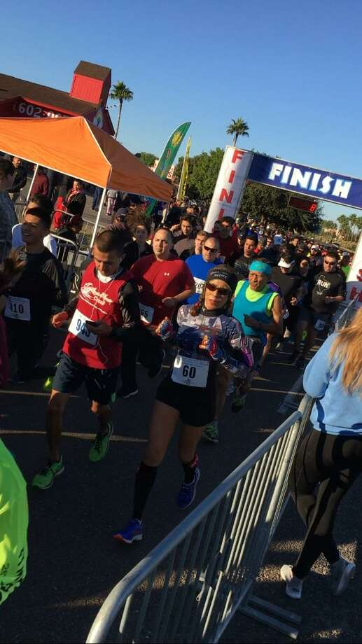 A record 591 runners participated in Thursday's 10th annual Jr. Hands Across South Texas Thanksgiving 10K, 5K run/walk. Photo: Clara Sandoval /Laredo Morning Times