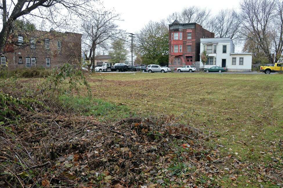 Vacant lots offered by the Troy Land Bank at 810, 812, and 814 River Street on Thursday, Nov. 16, 2017, in Troy, N.Y. (John Carl D'Annibale / Times Union)