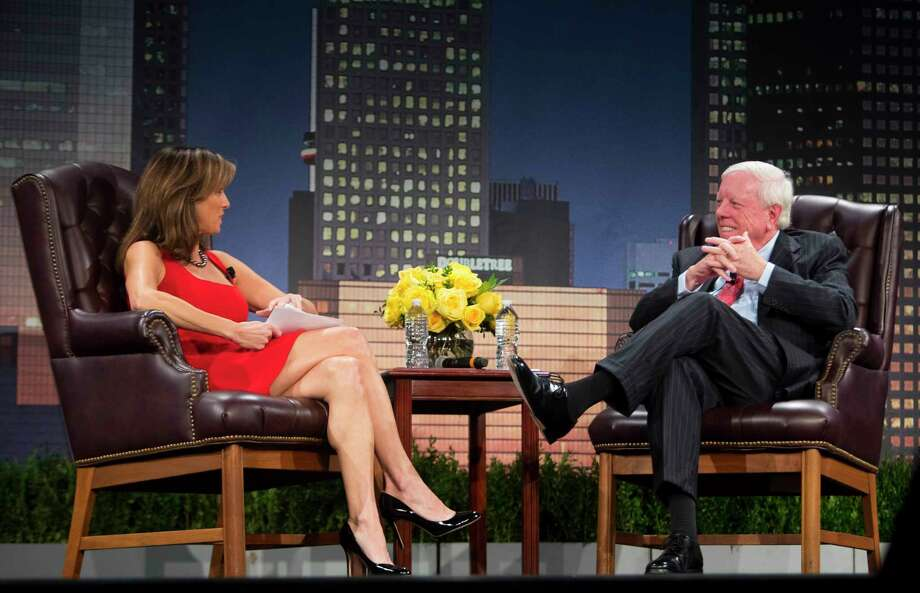 """Janet Shamlian interviews Rich Kinder during the MD Anderson's """"A Conversation With a Living Legend."""" Photo: Annie Mulligan, Freelance / @ 2000 Annie Mulligan & the Houston Chronicle"""