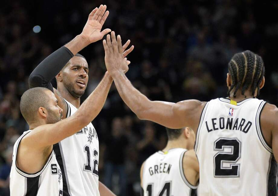 The Spurs started strong this season even without two starters. Photo: Darren Abate /Associated Press / FR115 AP