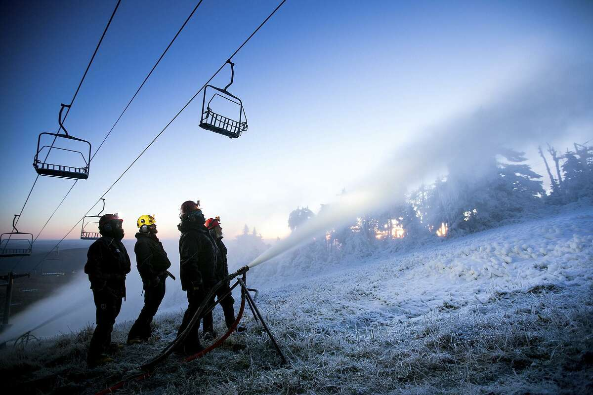 Killington has long promoted its early opening dates, in some years starting its snow guns and ski lifts in October if weather permitted.