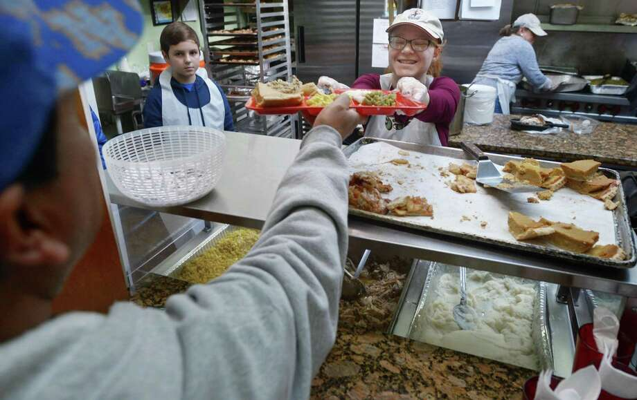 Wondrous Thanksgiving Goes On At Open Door Shelter Despite Power Download Free Architecture Designs Xerocsunscenecom